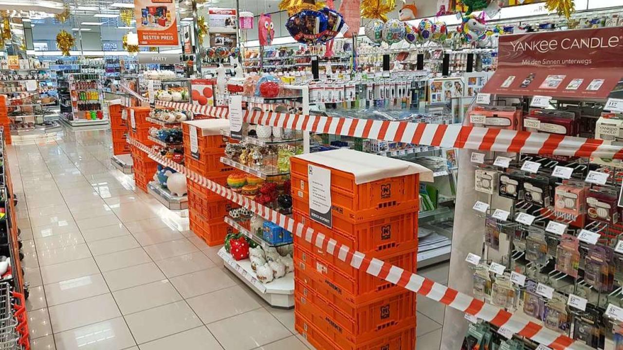 Kein Durchkommen im Müller-Markt in Lahr  | Foto: Christian Kramberg