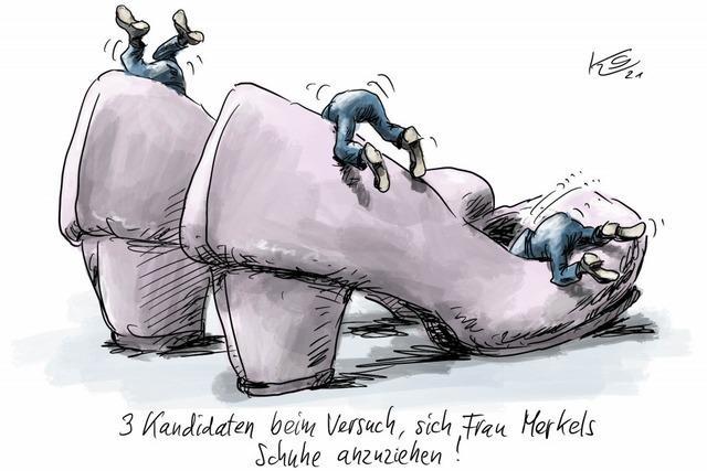 3 CDU-Kandidaten beim Versuch, sich Frau Merkels Schuhe anzuziehen
