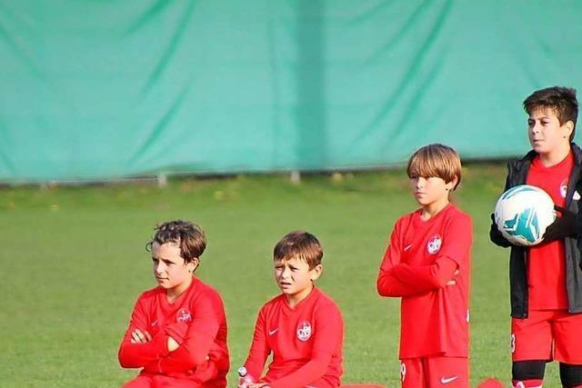 SC Freiburg ehrt Frank Andlauer und Torben Stiefel