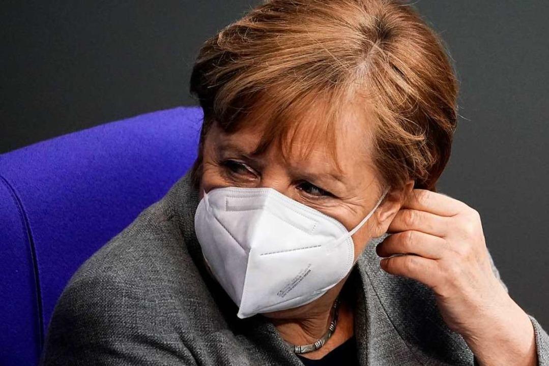 Bundeskanzlerin Angela Merkel wurde mi...an sei in einem Wettlauf mit der Zeit.  | Foto: Michael Kappeler (dpa)