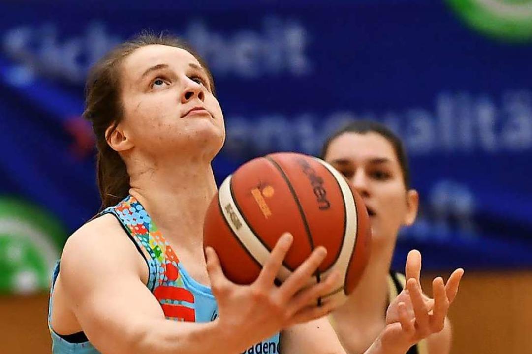 Stark in der Defensive und auch mit Ba...arlouis: USC-Spielerin Sara Kranzhöfer  | Foto: Achim Keller