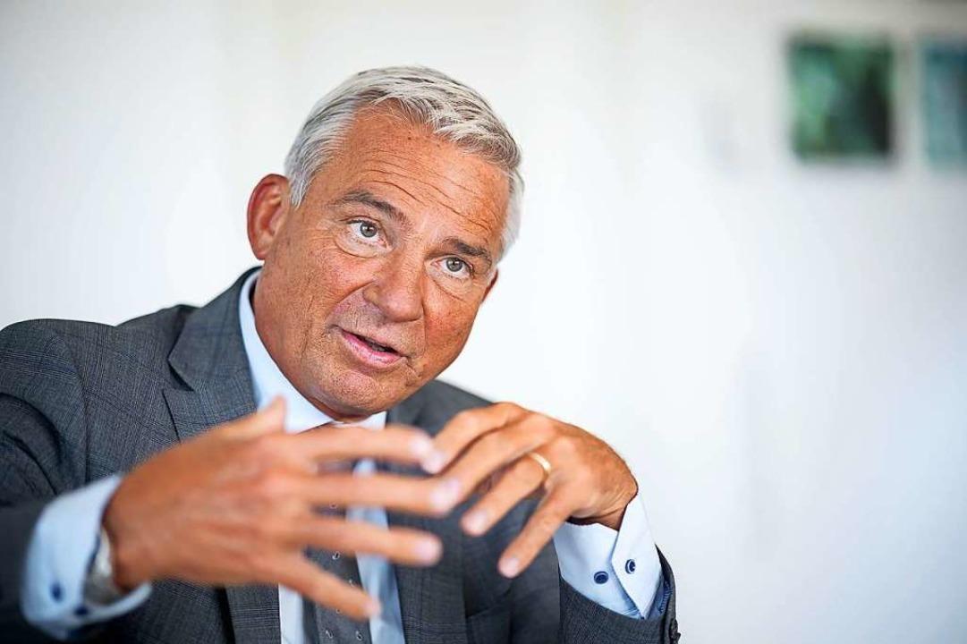 Thomas Strobl (CDU) will Quarantäne-Ve...lossenes Krankenhaus einweisen lassen.  | Foto: Sebastian Gollnow (dpa)
