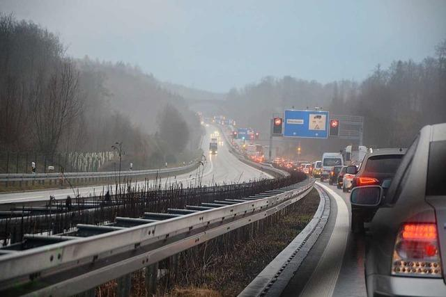 Verkehr auf der Autobahn 98 bei Lörrach wird weiterhin eingeschränkt