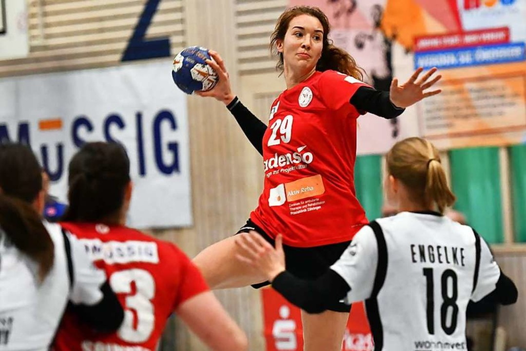 Fünf Treffer steuerte Maja Zeides aus dem Rückraum der HSG gegen Bremen bei.    Foto: Achim Keller