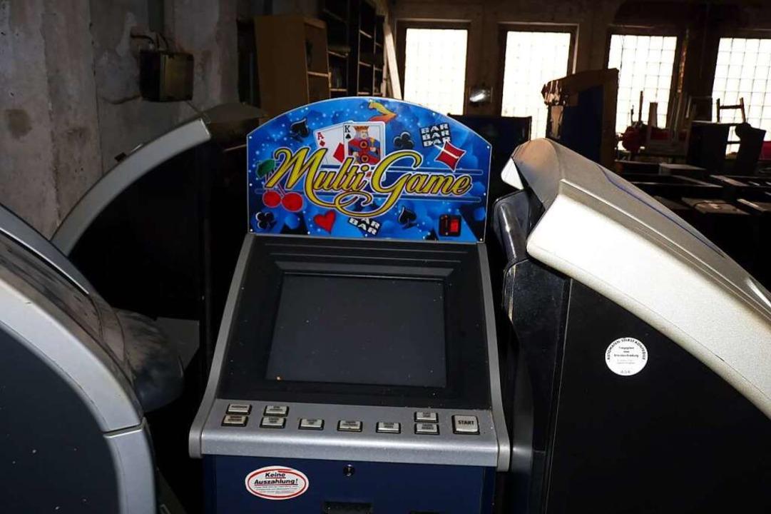 Ausrangierte Glücksspielautomaten  | Foto: sattelberger