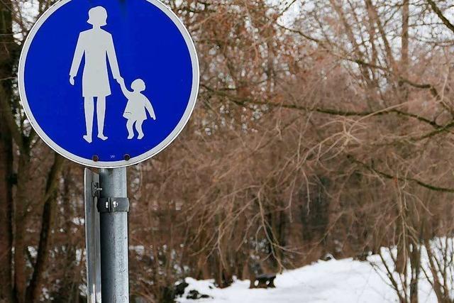 Schnee in Bad Krozingen – Kurpark wieder freigegeben