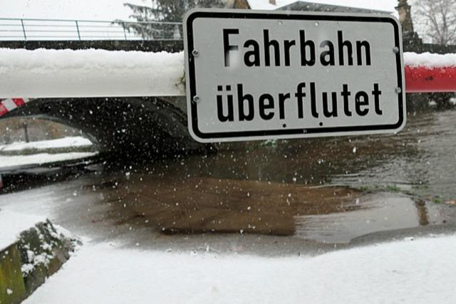 Wetterdienst warnt vor Hochwasser - auch erhöhte Lawinengefahr