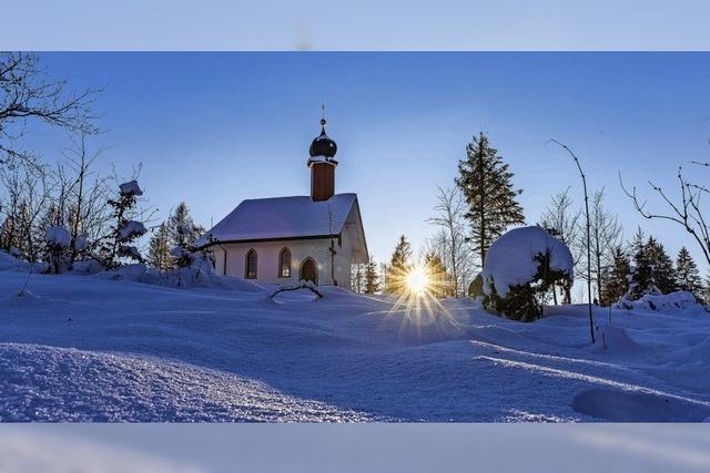 Blau der Himmel, blau der Schnee