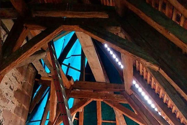 Schaden am Dach der Weisweiler Kirche ist größer als erwartet
