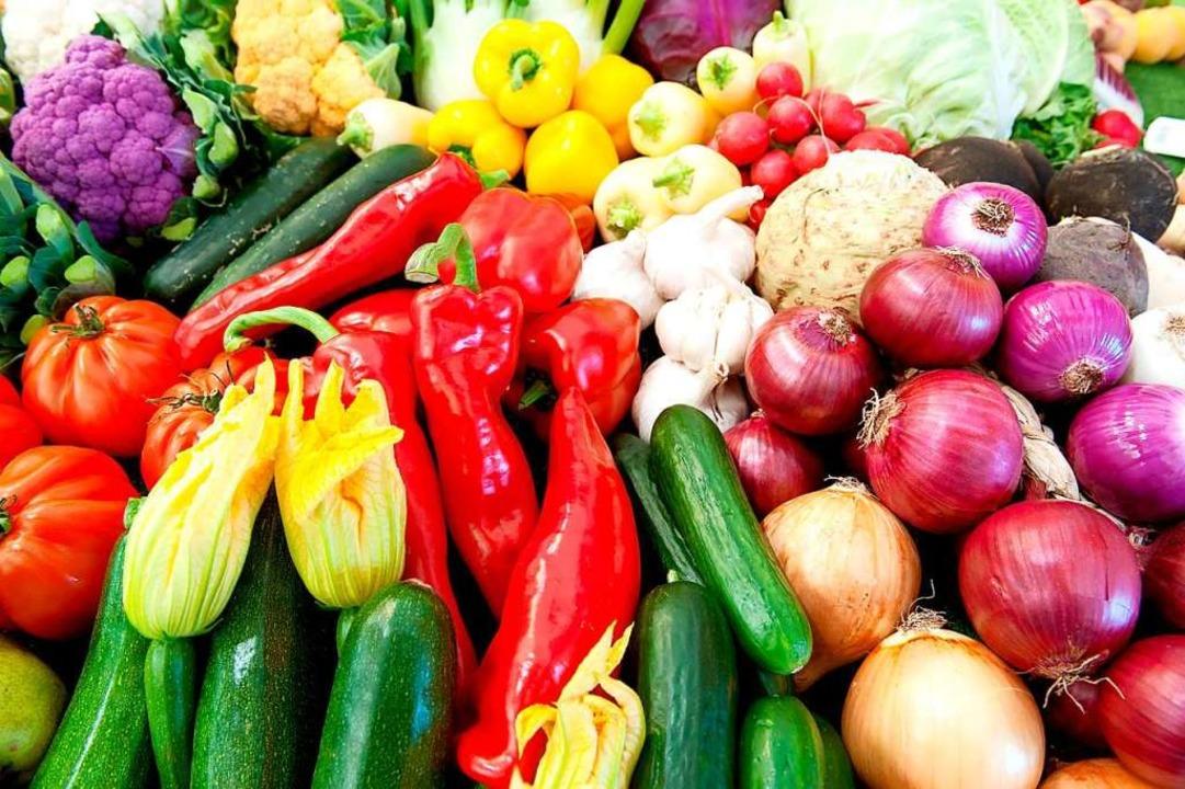 Frisches Gemüse aus der Region soll in...ntäler Kinderküche verarbeitet werden.  | Foto: Peter Kneffel (dpa)