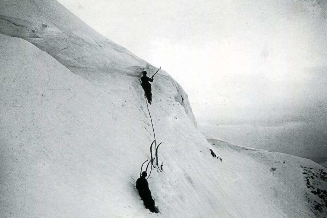 Kletterer an der Schneewechte: Dieses ...erer an der Schneewechte im Jahr 1893.    Foto: Landesarchiv Baden-Württemberg