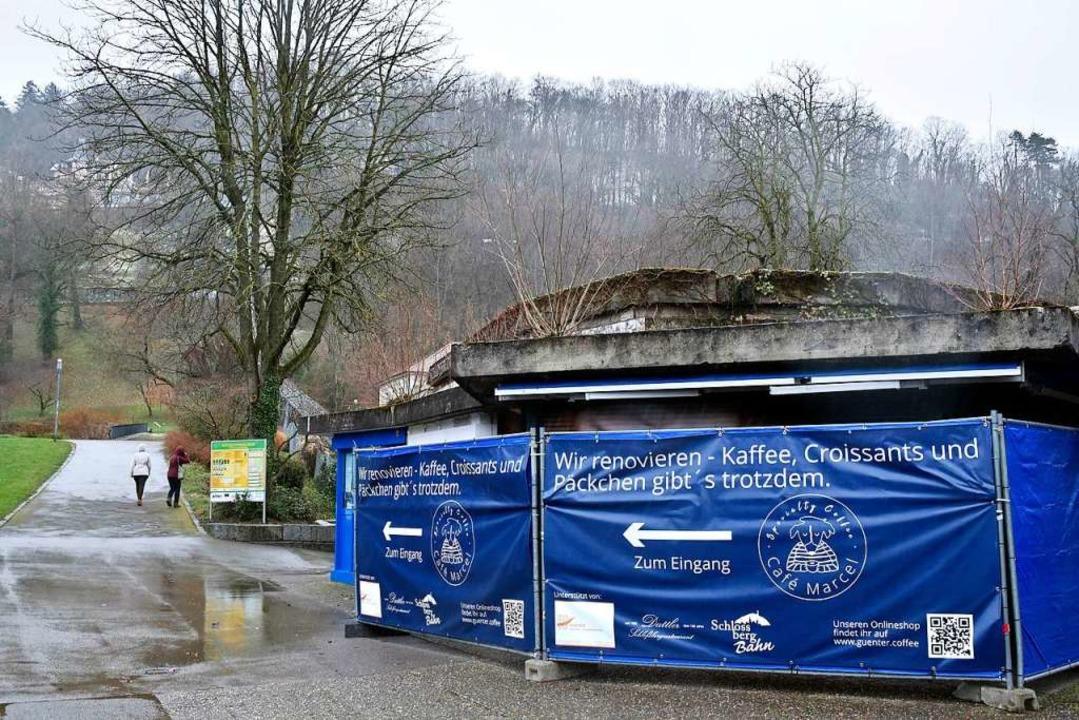 Das Café Marcel an der Schlossbergbahn-Talstation wird derzeit saniert.  | Foto: Thomas Kunz
