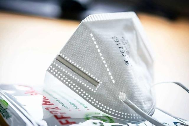 Dekra prüft Schutzmasken für Lehrkräfte in Baden-Württemberg