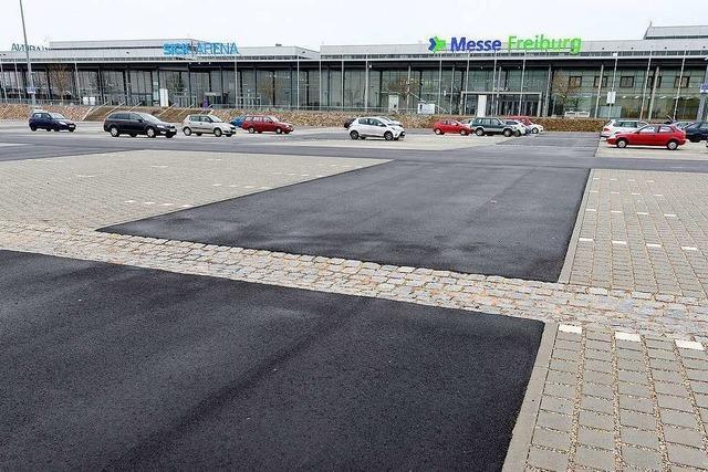 Der Parkplatz an Freiburgs Messe ist jetzt barrierefrei