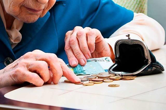 Dieb stiehlt Geldbeutel aus einem Haus für betreutes Wohnen