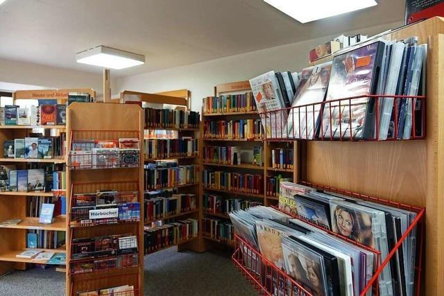 Bücherei Merzhausen bietet einen Abholservice mit Überraschungsfaktor