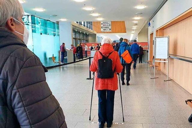 So erlebte eine Frau aus Titisee ihre Corona-Impfung in Freiburg