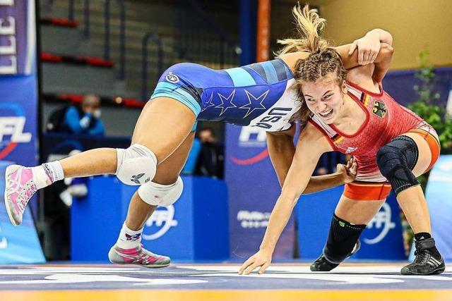 Ringerin Annika Wendle bietet auch der US-Weltmeisterin Paroli