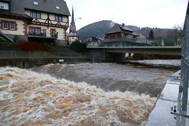 Das Tauwetter bringt die Bauhöfe im Kreis Lörrach auf Trab