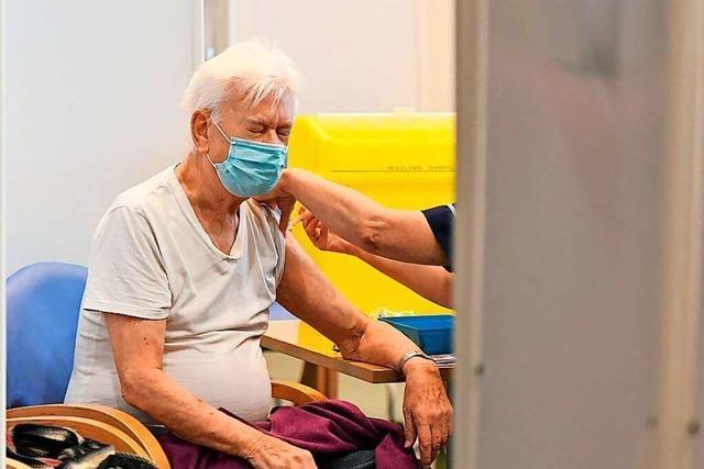 Die Stadt Rheinfelden hilft Senioren dabei, Impftermine zu bekommen
