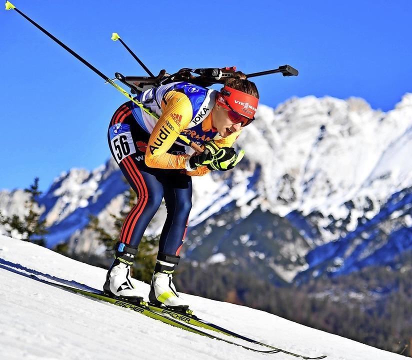 Auch läuferisch wird Biathletin Janina...Weltcuprennen von Antholz gezeigt hat.  | Foto: Barbara Gindl (dpa)