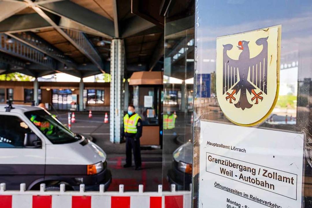 Grenzkontrolle an der A5 in Weil am Rhein  | Foto: Philipp von Ditfurth (dpa)