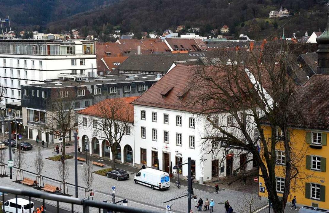 Das Rotteck-Haus an der Ecke Rathausga...Dokumentationszentrum umgebaut werden.  | Foto: Thomas Kunz