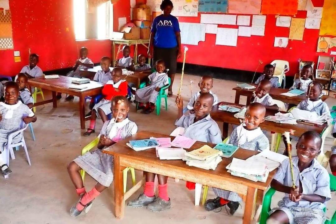 Blick in eines der acht Klassenzimmer der Grundschule    Foto: afridunga