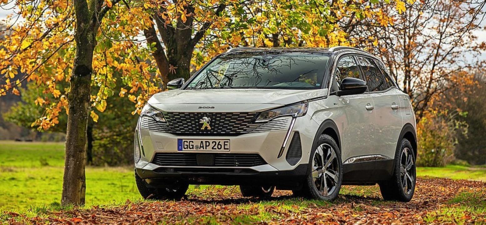 Eine neue Front prägt den kompakten SUV.  | Foto: Markus Heimbach/Peugeot