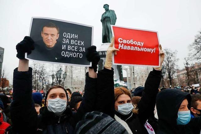Demonstrationen gegen Putin und für Nawalny überall in Russland