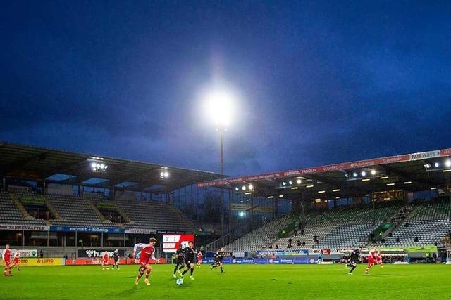 Fotos: Freiburg gewinnt gegen Stuttgart beide Saisonspiele