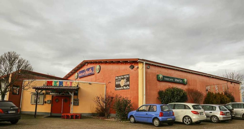 Das Tanzcafé Merlin liegt im Gewerbegebiet von Orschweier    Foto: Sandra Decoux-Kone