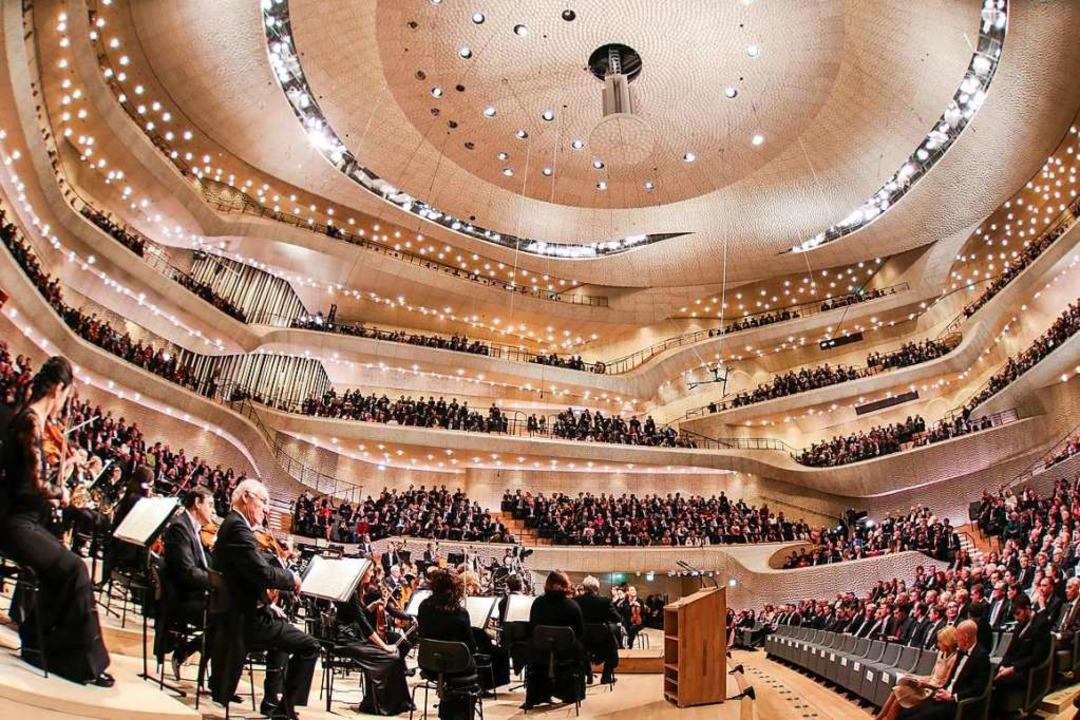 An so etwas ist derzeit  nicht zu denk...röffnung der Hamburger Elbphilharmonie  | Foto: Christian Charisius