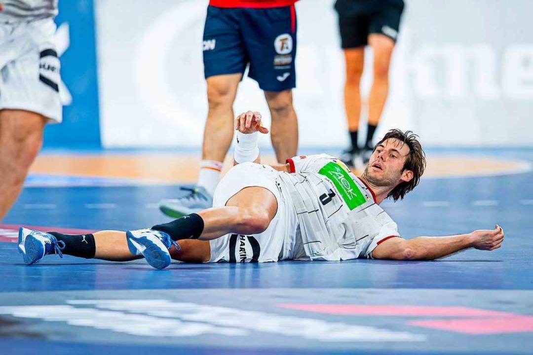 Kapitän Uwe Gensheimer – bei der WM am Boden  | Foto: Sascha Klahn (dpa)