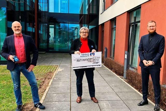 Gin-Aktion bringt 4500 Euro für Freiburger Verein