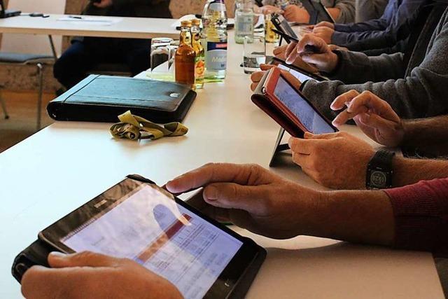 Tablett statt Papier: Eimeldingen bekommt ein elektronisches Ratsinformationssystem