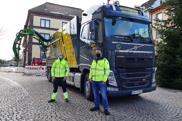 Auf Bad Säckingens Baustellen kommen Saugbagger zum Einsatz