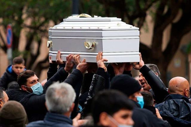 Tod nach Tiktok-Challenge? - Zehnjährige Antonella beerdigt