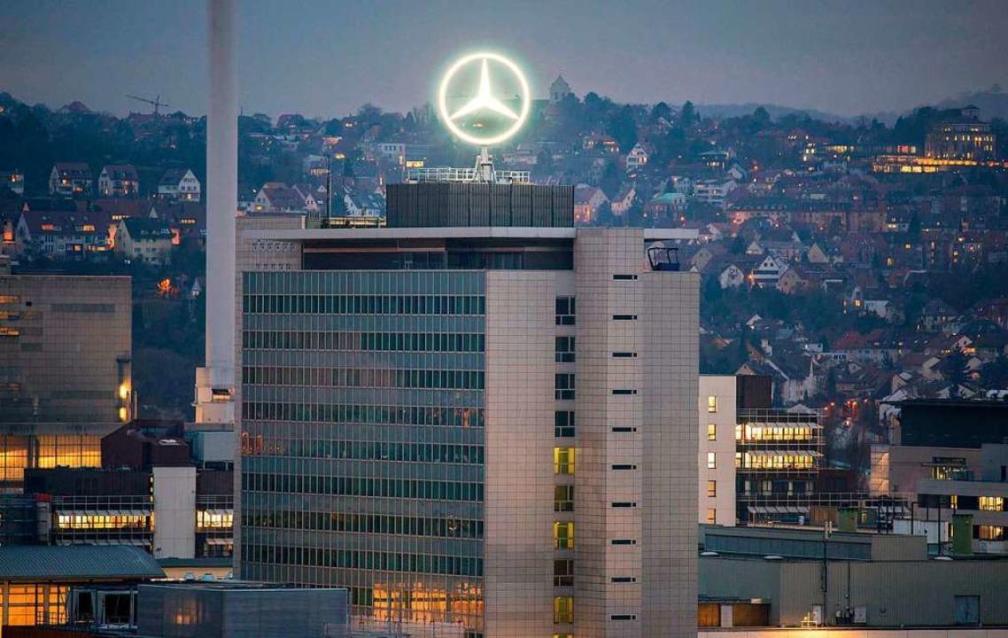 Daimler steht wegen des sogenannten Thermofensters in der Kritik.    Foto: THOMAS KIENZLE (AFP)