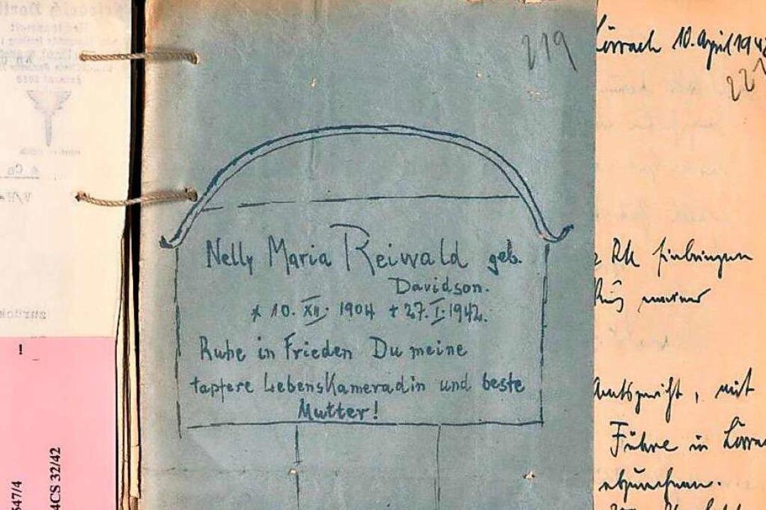 Für die Mutter, Nelly Ringwald, die si...halten in den Archivakten in Freiburg.  | Foto: Staatsarchiv
