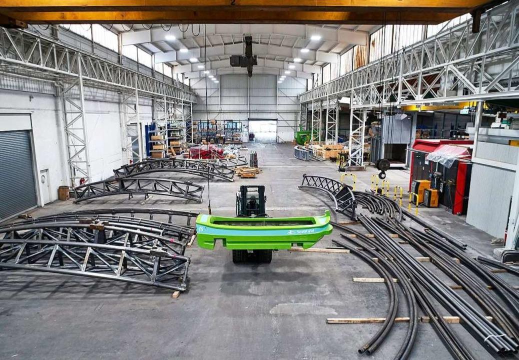 Ein Blick in die Werkhallen von Mack Rides.  | Foto: Mack Rides