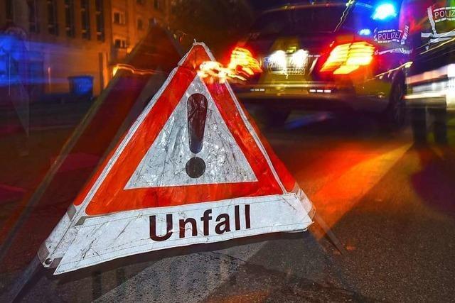 Eine Verletzte und erheblicher Schaden nach Unfall bei Bötzingen