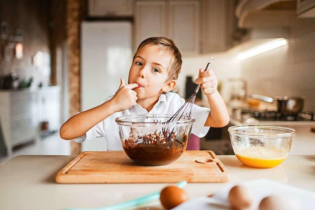 Ein Projekt der Woche könnte sein, sich jeden Tag um das Kochen zu kümmern.  | Foto: Nomad_Soul  (stock.adobe.com)