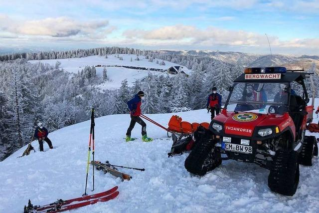 Bergwacht muss verletzte Skifahrerin am Kandel retten