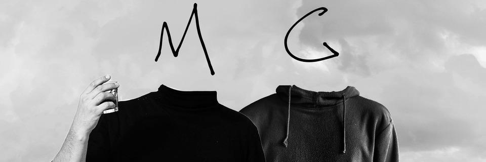 Hip-Hop-Duo Manfred Groove stellt Nietzsche-Zitate neben Pimmelwitze