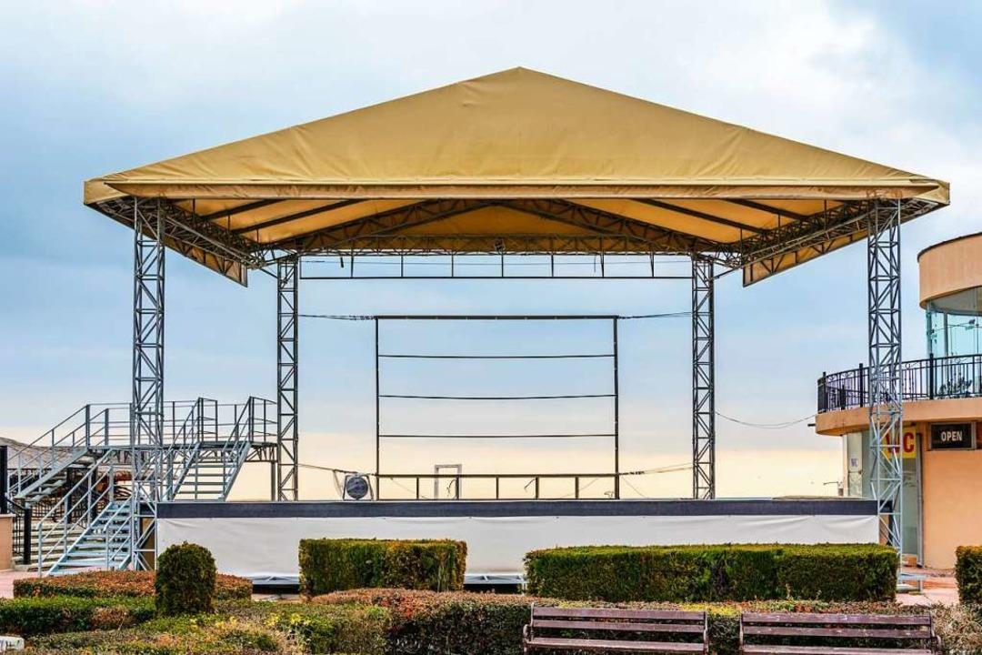 Die Bühnen wären bereit – aber k... Mit Großevents rechnen immer weniger.  | Foto: P.Clement/stock.adobe.com
