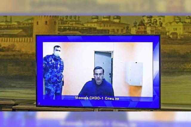 Nawalny bleibt in Haft