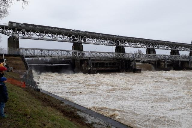 Hochwasserlage entspannt sich in Südbaden – und verlagert sich an den Rhein