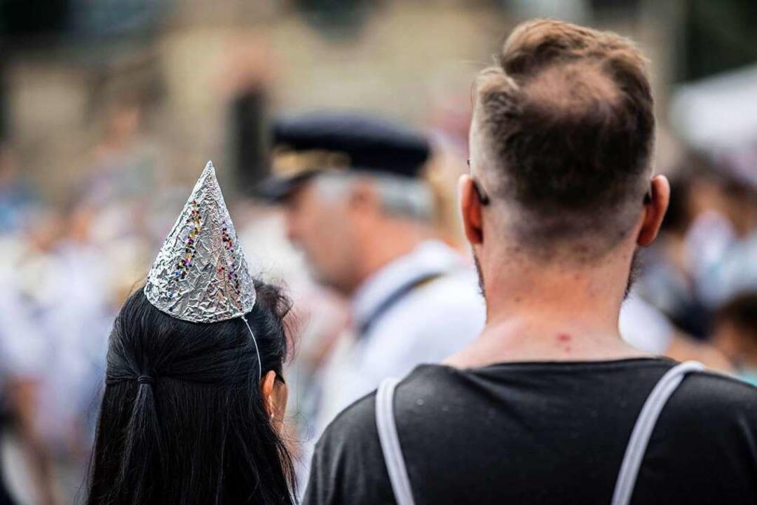 Querdenken-Demonstrationen ziehen in der Regel ein gemischtes Publikum an.    Foto: Michael Schick via www.imago-images.de