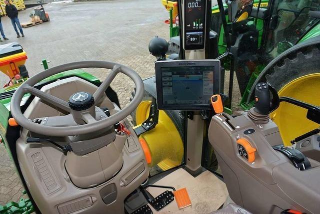 Ein Weiler Gemüsebauer setzt bei seinen Traktoren auf GPS